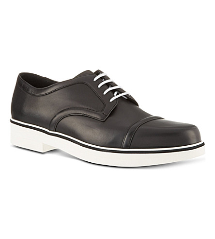 NICHOLAS KIRKWOOD Clean derby shoes (Black