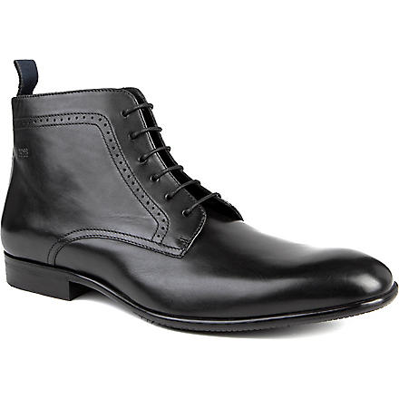 HUGO BOSS Dresnio punch chukka boots (Black