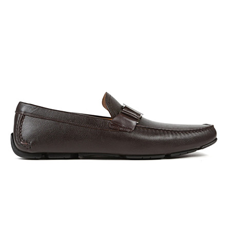 FERRAGAMO Sardenga buckle driver shoes (Brown