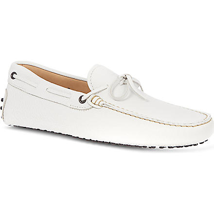 TODS 122 tie driving shoes (White