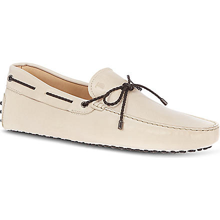 TODS Gommino Driving Shoes in Leather (Cream