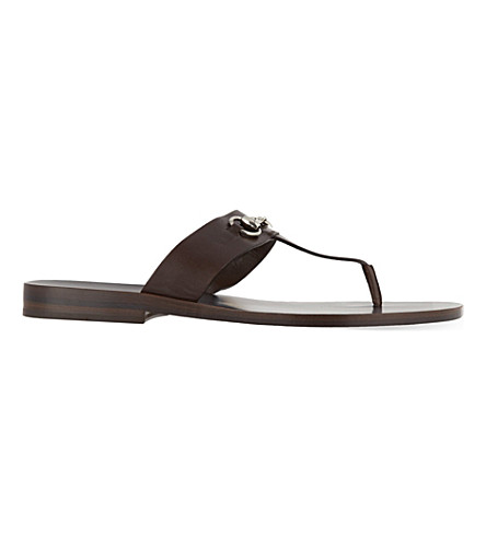 133931454 GUCCI Ben horsebit thong sandal (Brown