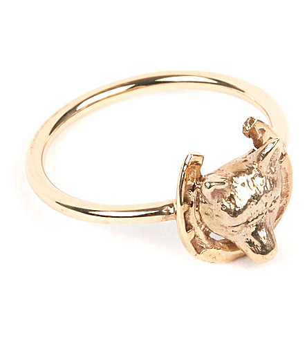 ANNINA VOGEL 9 carat gold fox and horseshoe ring