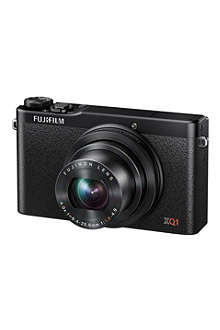 FUJI XQ1 compact digital camera
