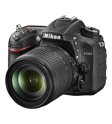 NIKON D7200 D-SLR camera with AF18-105 lens kit