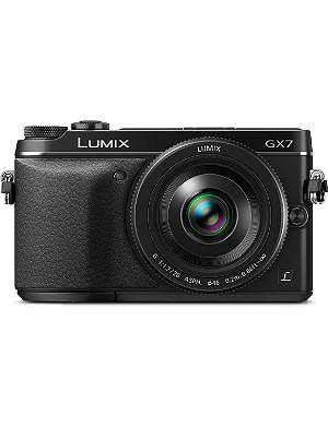 PANASONIC DMC-GX7 compact camera with 20mm lens
