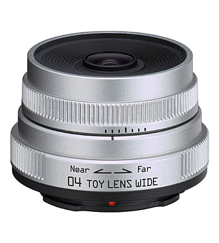 PENTAX 04 Toy Lens 6.3mm F7.1 Q Series wide angle lens