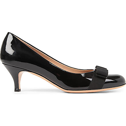 FERRAGAMO Carla court shoes (Black