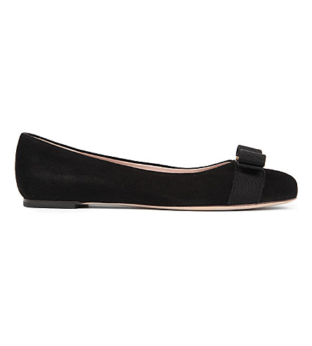 SALVATORE FERRAGAMO Varina suede pumps (Black