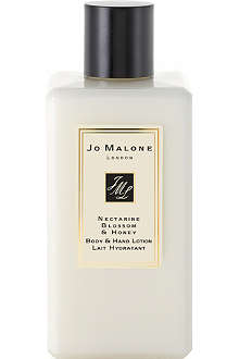 JO MALONE Nectarine Blossom & Honey body & hand lotion 250ml