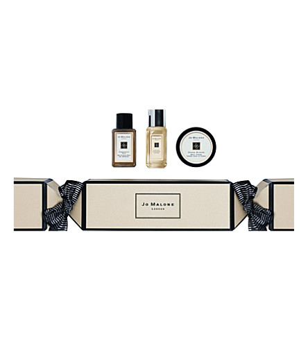 jo malone london christmas cracker gift set. Black Bedroom Furniture Sets. Home Design Ideas