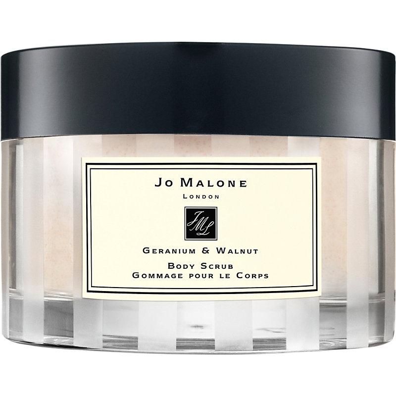JO MALONE | Jo Malone London Walnut & Geranium Body Scrub 250g | Goxip