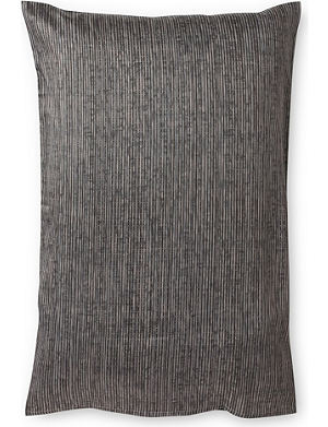 CALVIN KLEIN Acacia textured pillow case large