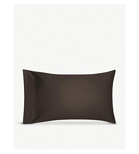CALVIN KLEIN Sateen bark standard pillow case 50x75cm (Bark