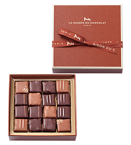 LA MAISON DU CHOCOLAT Assorted milk and dark chocolate pralines 130g