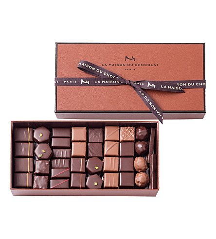 LA MAISON DU CHOCOLAT Coffret Maison 70-piece dark and milk chocolate selection