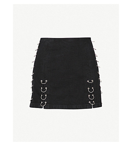 TOPSHOP Moto piercing denim mini skirt (Washed+black
