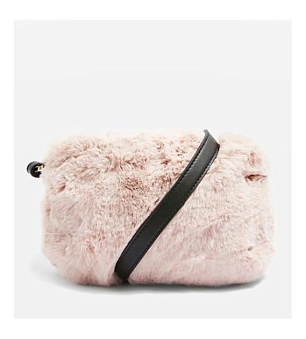 TOPSHOP 鲁珀特人造毛皮肩包 (苍白 + 粉红色