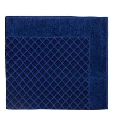 YVES DELORME Étoile quilted cotton bath mat (Saphir