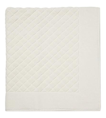 YVES DELORME Étoile quilted cotton bath mat (Nacre