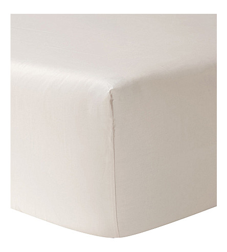 YVES DELORME Triomphe super king cotton fitted sheet (Nacre