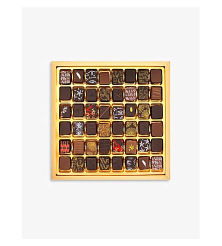 ARTISAN DU CHOCOLAT 黑色和金色的时装盒48