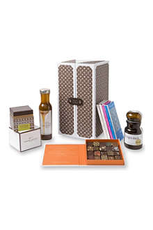 ARTISAN DU CHOCOLAT Eulogy Monogram chocolate hamper 1045g
