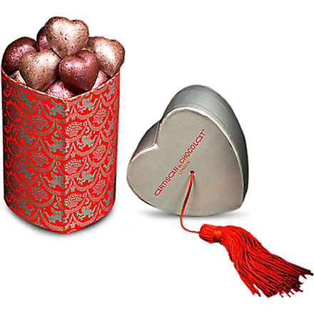 ARTISAN DU CHOCOLAT Tassle Temptation chocolate hearts 150g