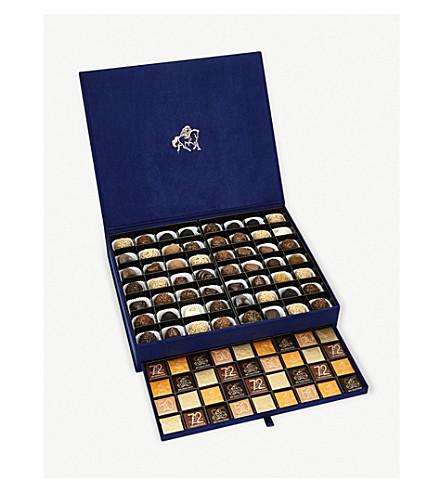 GODIVA Extraordinary chocolate and carrés box of 128