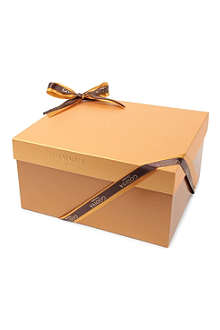GODIVA Signature Gold 150-piece chocolate gift box