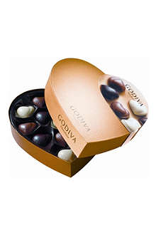 GODIVA Gold Heart chocolate selection 150g