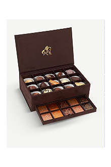 GODIVA Royal suede box of assorted chocolates 300g