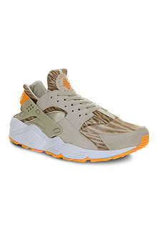 NIKE Air Huarache trainers