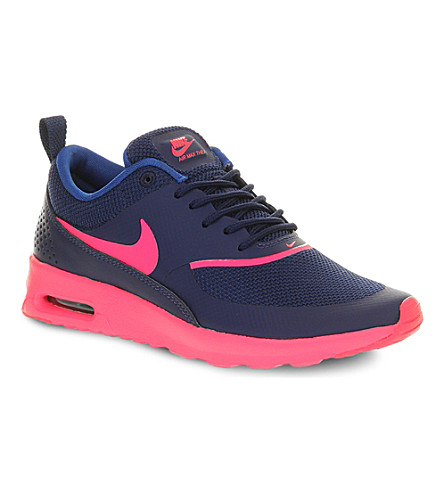 NIKE Air Max Thea trainers (Royal hyper pink