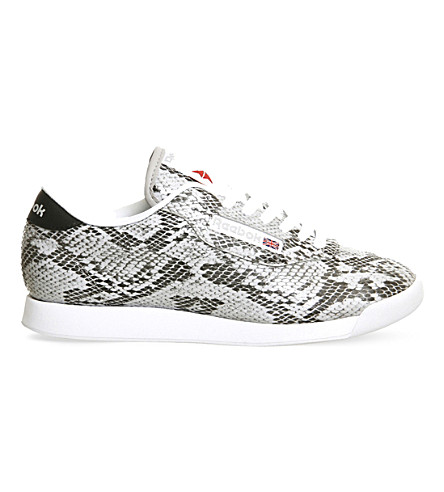 Womens Propet Walking Shoes moreover Summer Tech Thatll Convince You To Peel Yourself Off Th 1586585200 furthermore 162006130477 besides Fila Memory Finity Black White Metallic Silver also 1390p. on molded eva midsole