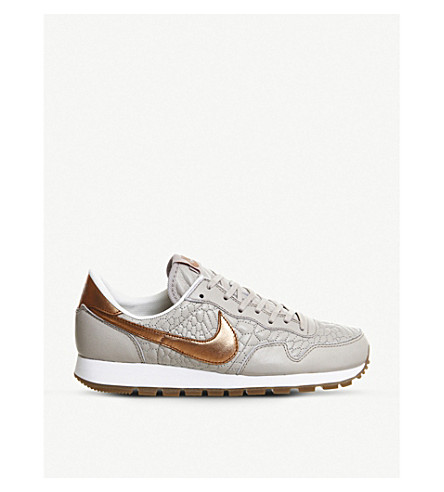 NIKE Air Pegasus 83 trainers (Metallic bronze