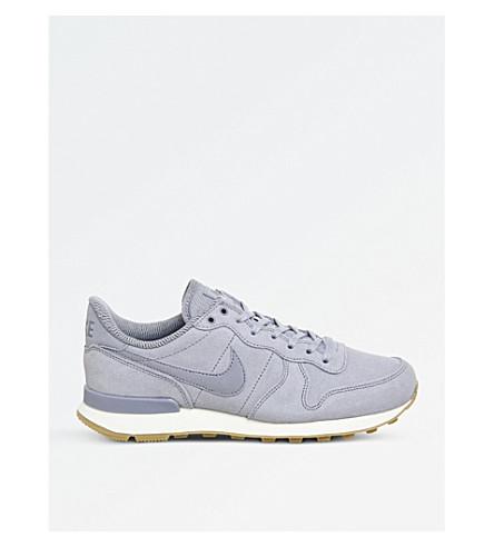 NIKE Internationalist suede trainers (Glacier+grey