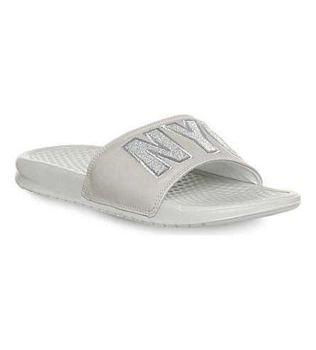 NIKE Benassi New York City embroidered slides (Light bone