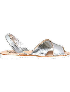 SOLILLAS Metallic leather crossover sandals