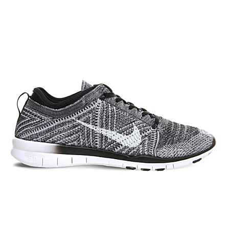 NIKE Free TR Flyknit woven trainers (Black white wolf gre