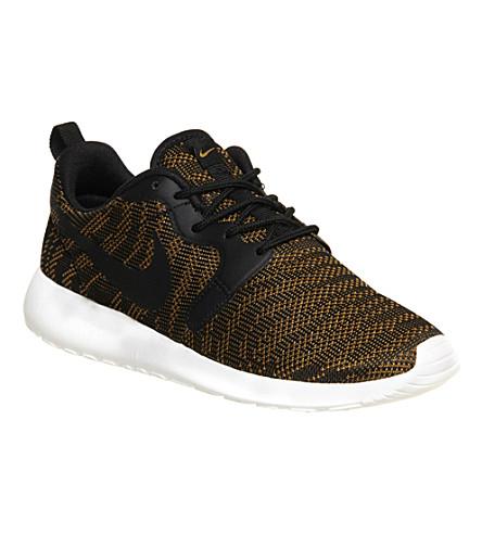 NIKE Roshe run jacquard trainers (Bronze black jacquar