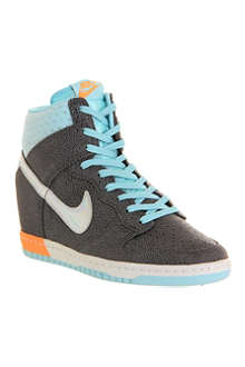 NIKE Dunk Sky Hi high-top trainers