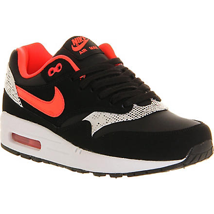 NIKE Air Max 1 trainers (Black