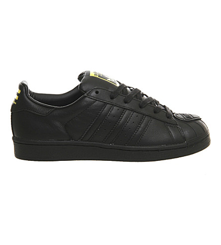 ADIDAS Pharrell Superstar 1 leather trainers (Black mono shell toe