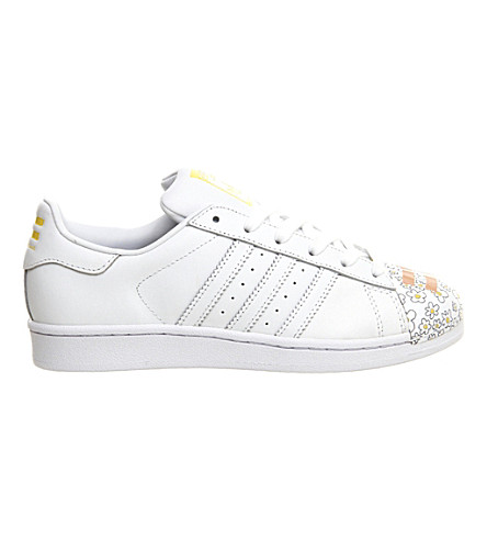 ADIDAS Pharell Mr. Superstar Supershell leather trainers (White red shell toe