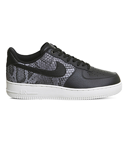 NIKE Air Force 1 LV8 trainers (Black+snake