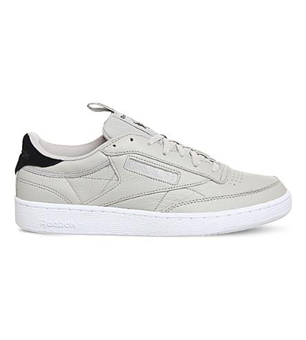 REEBOK C 俱乐部 85 榆树革低帮运动鞋 (砂岩 + 黑色
