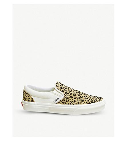 ... VANS Classic leopard print canvas slip-on sneakers (Leopard+taffy.  PreviousNext e6477bcc5