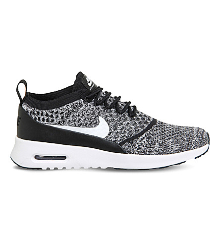 NIKE Air Max Thea trainers (Black+white