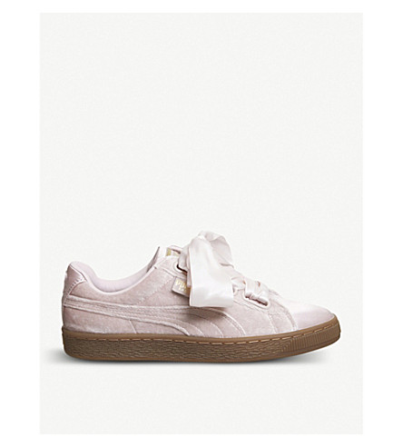 PUMA 篮子中调天鹅绒运动鞋 (银色 + 粉红色 + 口香糖
